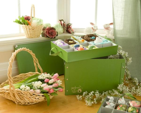 frohe-ostern-bunte-ostereier-gestalten-ideen-zur-dekoration-tulpen-
