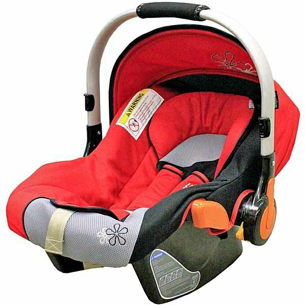 funktionelles-design-baby-autositz-kinder-modernes-design