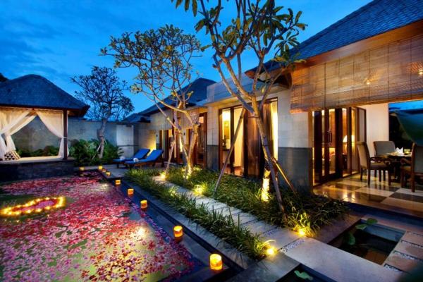 garten-mit-pool-exterior-design-ideen-beleuchtung-gartenleuchte