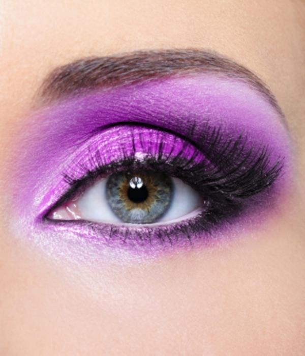 lila farbe für augen make up