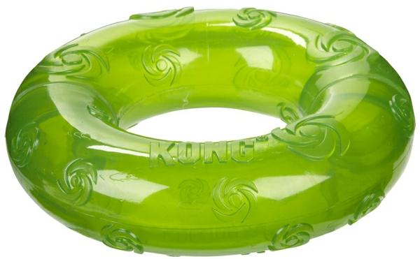 grüne-hundespielzeuge-ball-zum-spielen- --spielzeug-für-hunde