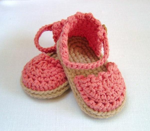 häkeln-für-baby-häkeln-babyschuhe-mit-wunderschönem-design