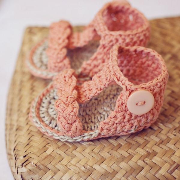 -häkeln-für-baby-häkeln-babyschuhe-mit-wunderschönem-design