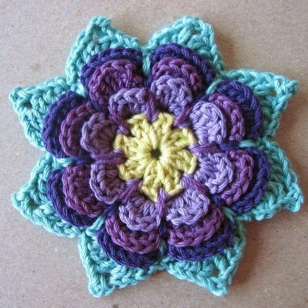 häkeln-wunderschöne-kreative-häkeleien-blumen--lila-und-blau