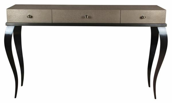 interessant-gemachter-und-sehr-schön-wirkender-tisch-mit-einer-oder-mehreren-schubladen-sehr-elegante-form