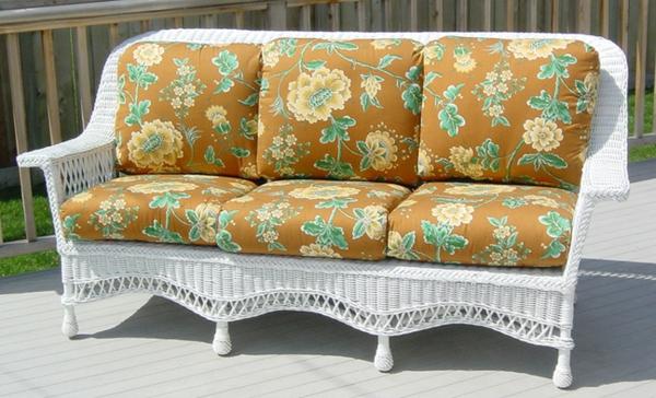 interessante-moderne-schöne-korbmöbel-sehr-süßes-sofa