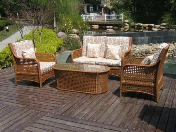 interessanter-moderner-super-wirkender-und-kreativ-gestalteter-möbelset-für-balkon-sofa-und-stühle