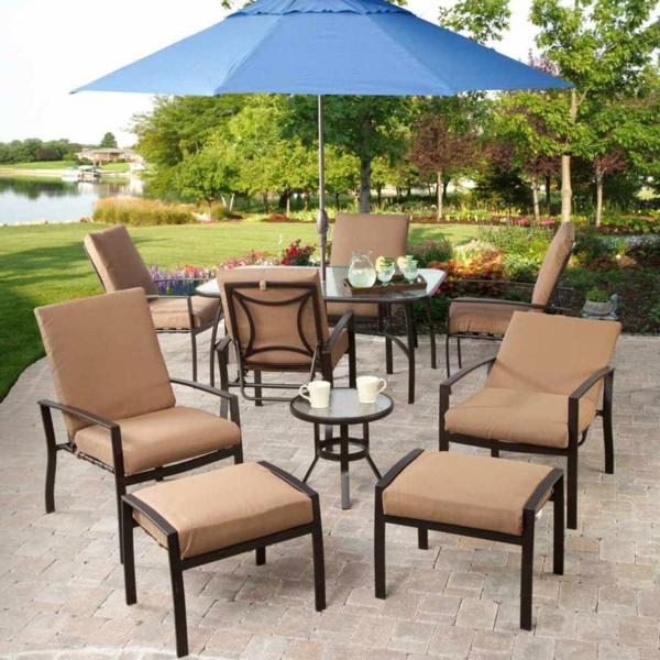 interessanter-moderner-super-wirkender-und-kreativ-gestalteter-möbelset-für-balkon-super-tolle-beige-stühle