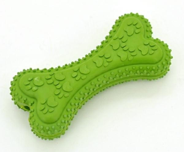 knochen-super-grünes-spielzeug-hund-spielzeug-für-hunde-coole-idee-für-den-hund