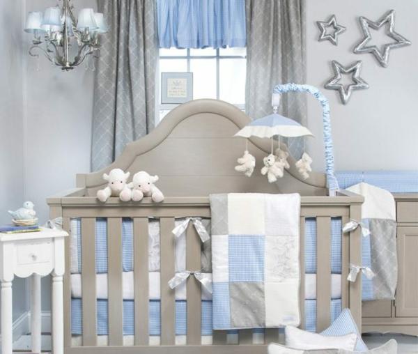 farbgestaltung kinderzimmer blaues bett mit blauer kinderbettwsche ... - Babyzimmer Junge Gestalten