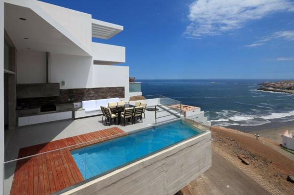 luxus-ferienhaus-design-idee--haus-mit-pool