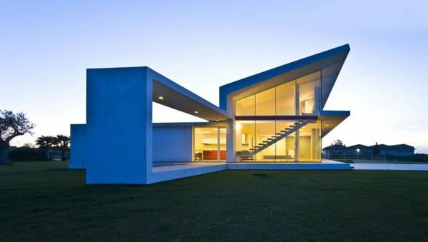 -luxus-ferienwohnung-mit-einer-modernen-architektur