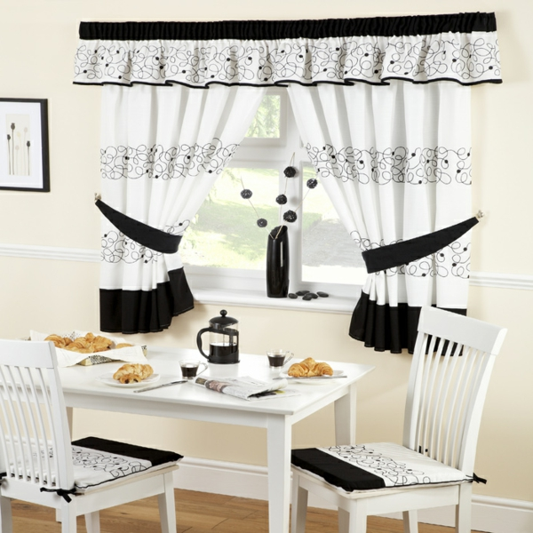 moderne-gardinen-günstig-günstige-gardinen-küche-schwarz-und-weiß