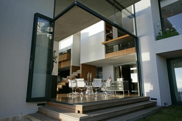 modernes-design-luxus-ferienhaus-mit-pool