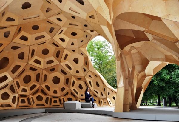 -oragnisches-exterior-design-unikale-architektur-form-und-funktion