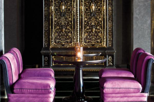 orchidee-farbe-lila-stühle