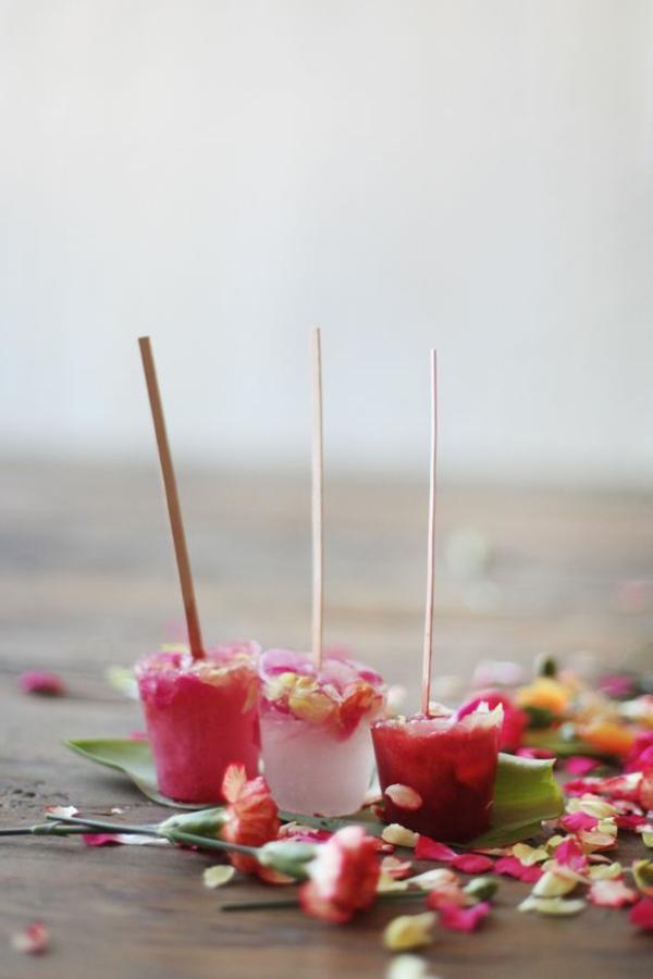 originelle-idee-zur-vorbereitung-kochen-mit-blumen Essbare Blumen