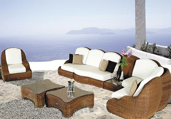 originelle-terrassen-möbel-weiße-alzente
