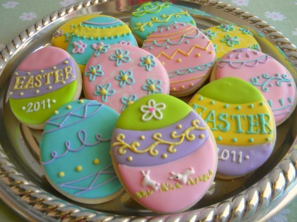ostereier-cookies-in-pastellfarben