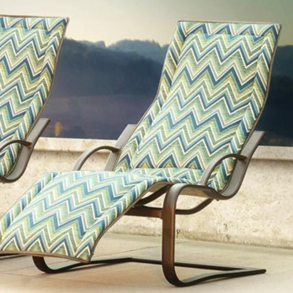 outdoor-stoffe-moderne-liegestühle
