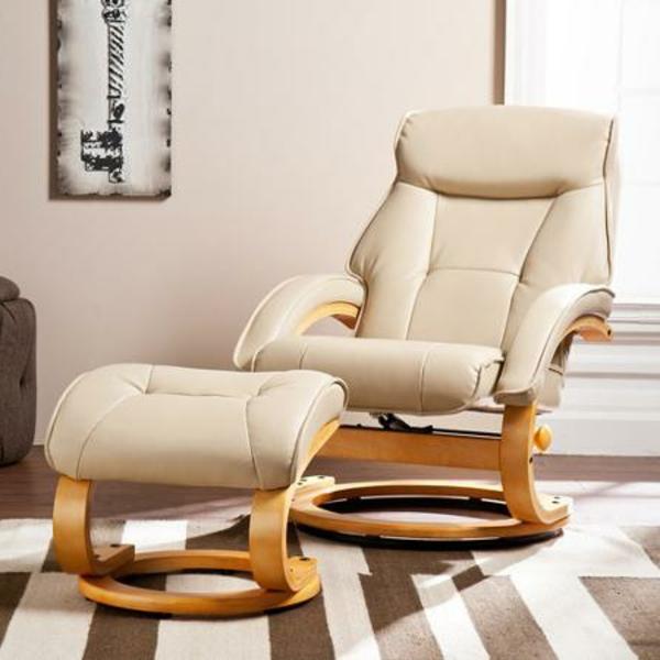 relaxsessel-mit-hocker-design-in-weißer-farbe