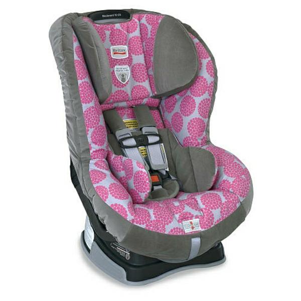 rosa-autokindersitz-modernes-design-sicherheit-im-auto-