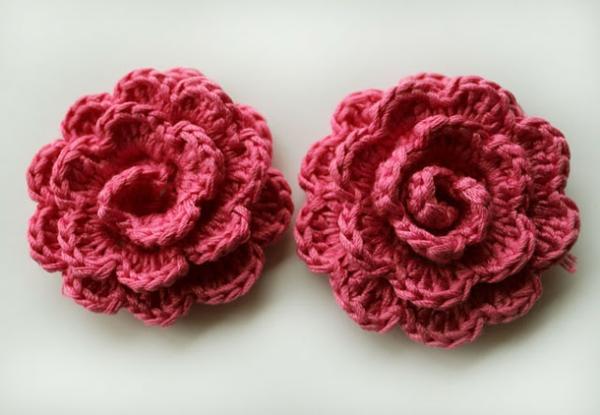rote-rosen-häkeln-wunderschöne-kreative-häkeleien-blumen-