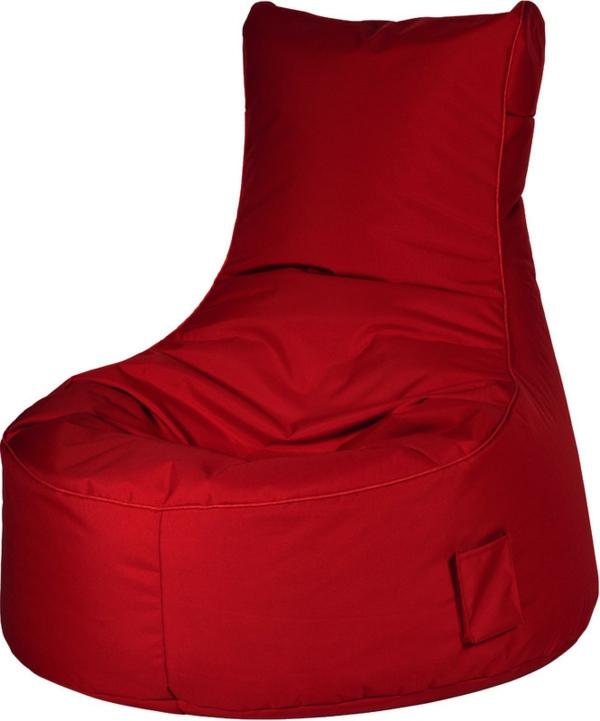 roter-sitzsack-outdoor-weißer-hintergrund