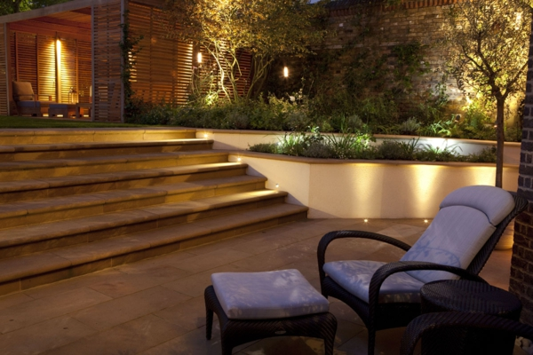 schöne-beleuchtung-im-garten-exterior-design-ideen-