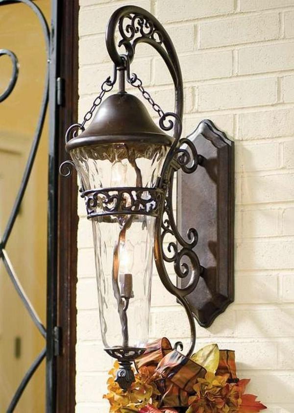 -schöne-beleuchtung-im-garten--exterior-design-ideen