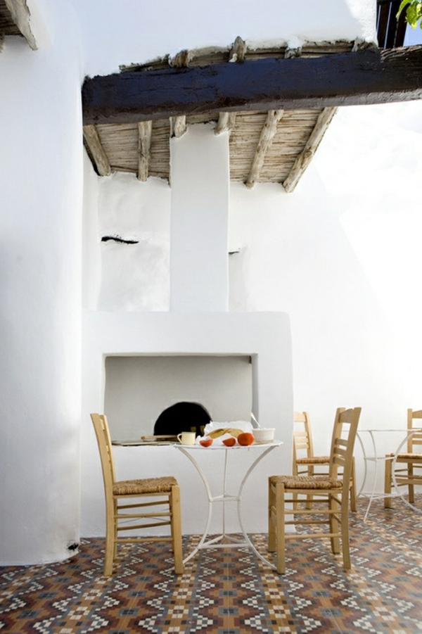 schöne-terrasse-einrichten-gestaltungsideen-bodenfliesen-bodenbelag-terrasse