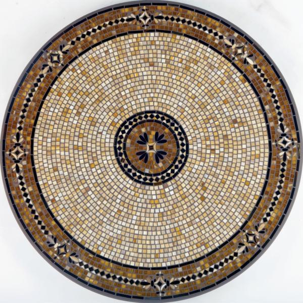 schöner-mosaik-tisch-graue-farbe-schönes-aussehen