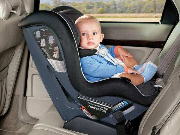 --schönes-praktisches-modell-kinder-autokindersitz-babyschalen-test