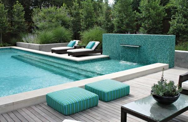 schicker-pool-und-outdoor-kissen