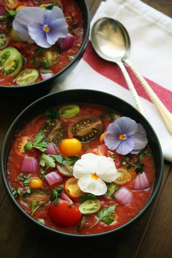 schmackhafte-speisen-deko-floral-blumen-essen-