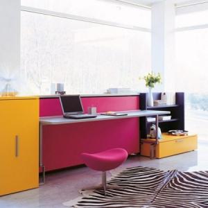 Schreibtisch mit Hocker: interessante Vorschläge!