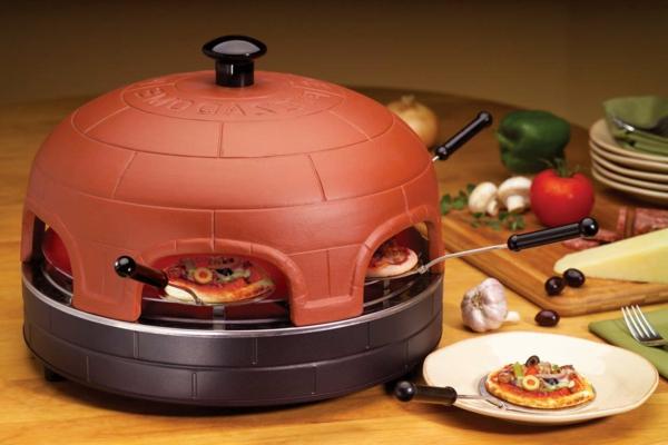 sehr-schön-gemachter-und-funktionell-gestalteter-pizzaofen-tisch-interessantes-design-in-der-trendigen-farbe-marsala