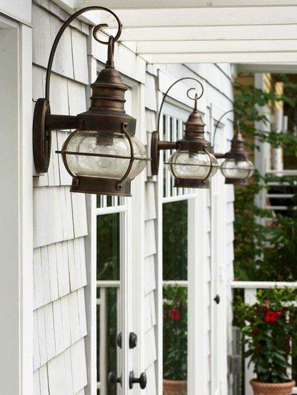 sehr-schöne-beleuchtung-im-garten-exterior-design-ideen