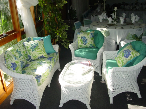 sofas-mit-outdoor-kissen
