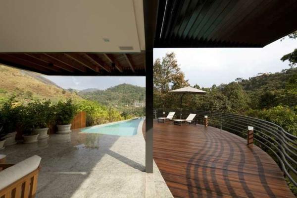 sonnenschirm-für-balkon-moderne-und-attraktive-ausstattung