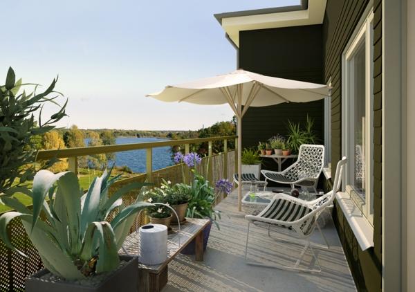sonnenschirm-für-balkon-moderne-und-attraktive-gestaltung