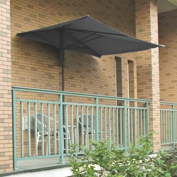 sonnenschirm-für-balkon-ziegelwände