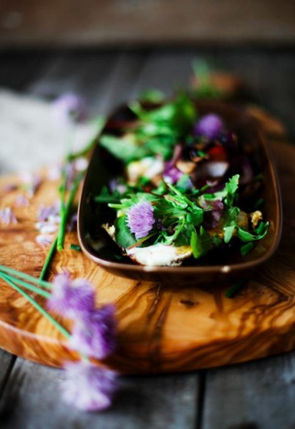 speisen-deko-floral-blumen-essen----klee
