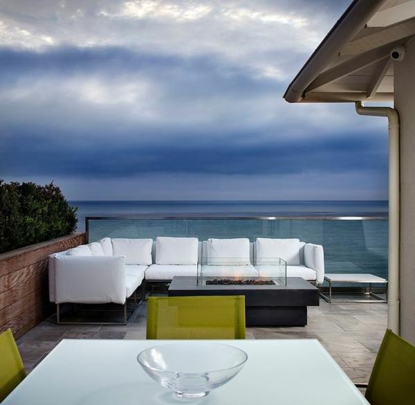 super-moderne-terrassengestaltumg-moderne_terrassenmöbel-balkonmöbel-loungemöbel-balkon