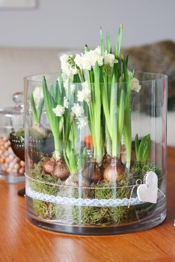 Tischdeko zum ostern 70 frische ideen for Wohnung dekorieren ostern