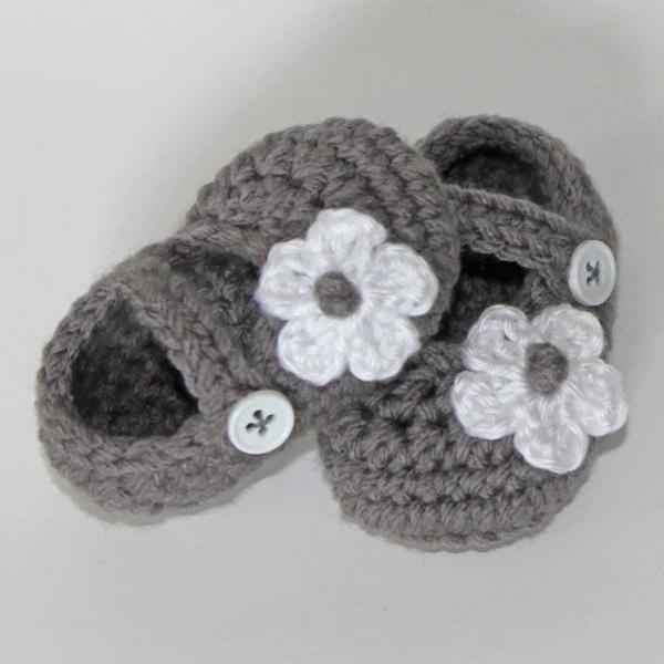 tolles-design-häkeln-babyschuhe-fantastische-ideen-für-häkeleien-babyschuhe-mit-blumen-häkeln