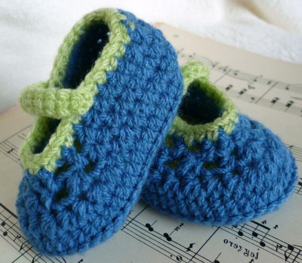 tolles-design-häkeln-babyschuhe-fantastische-ideen-für-häkeleien-grün-blau