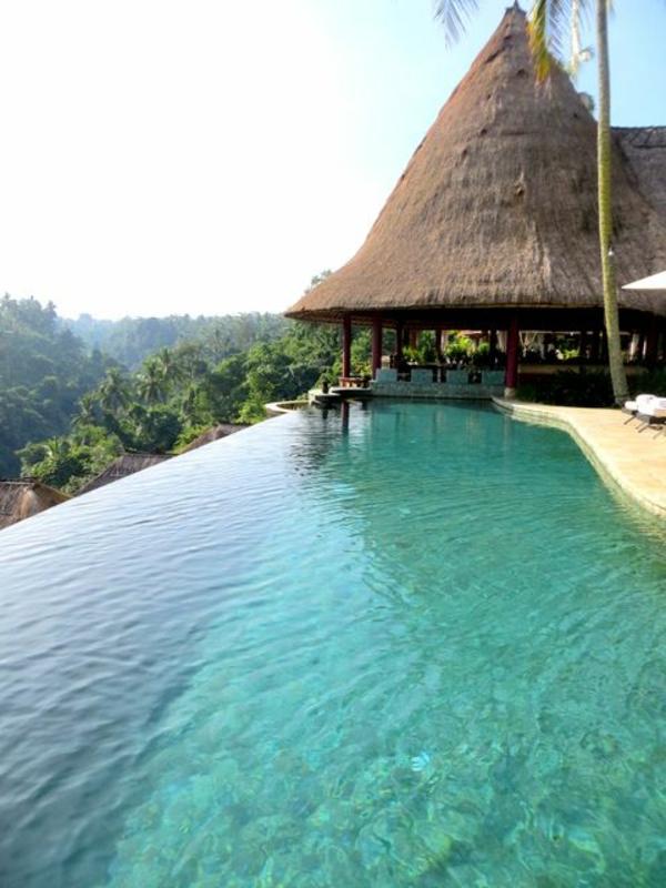 tolles-schwimmbecken-design-idee-infinity-pool-wunderschönes-design