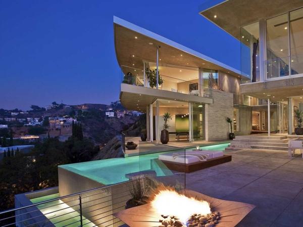 traumhaus--luxus-ferienhaus-mit-pool