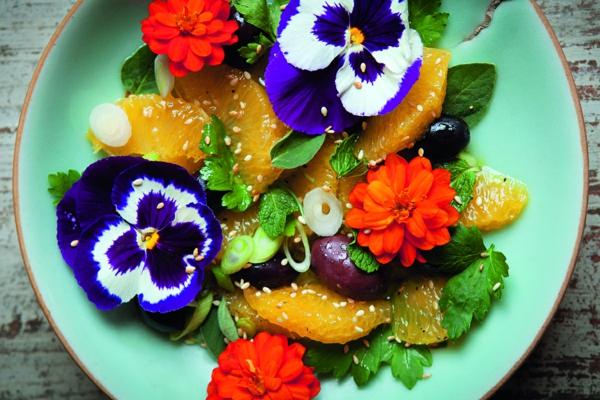 Salat-mit-blumen
